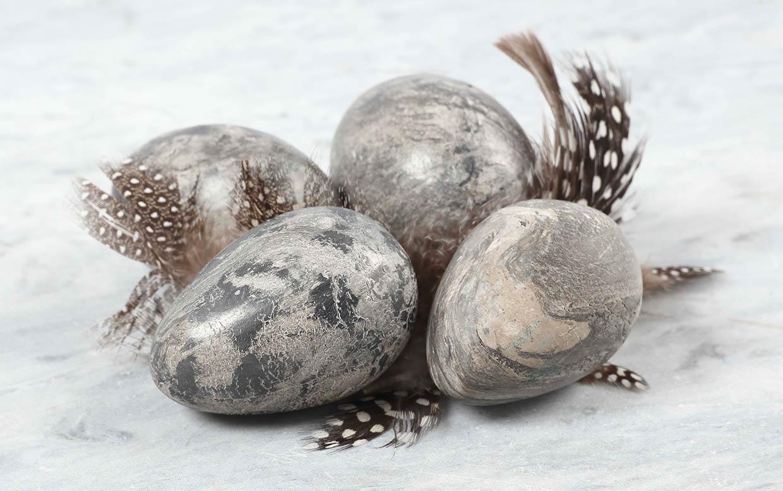 paasei diy: eieren a la marmer